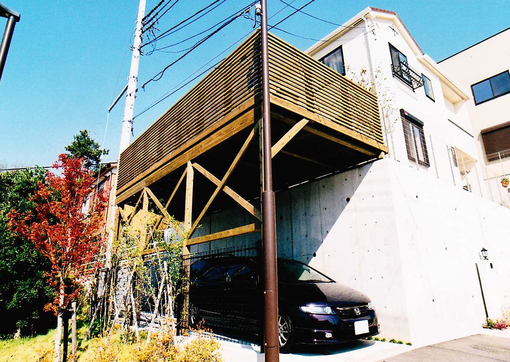 神奈川県川崎市T様邸 車庫上を有効利用した広いカーポートで技あり!