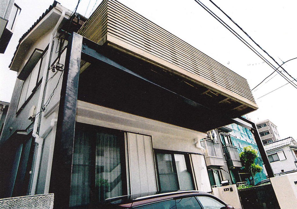 埼玉県川口市N様邸 鉄骨併用の木製バルコニー