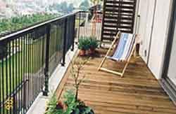 マンションやベランダ、屋上の敷きデッキ施工例