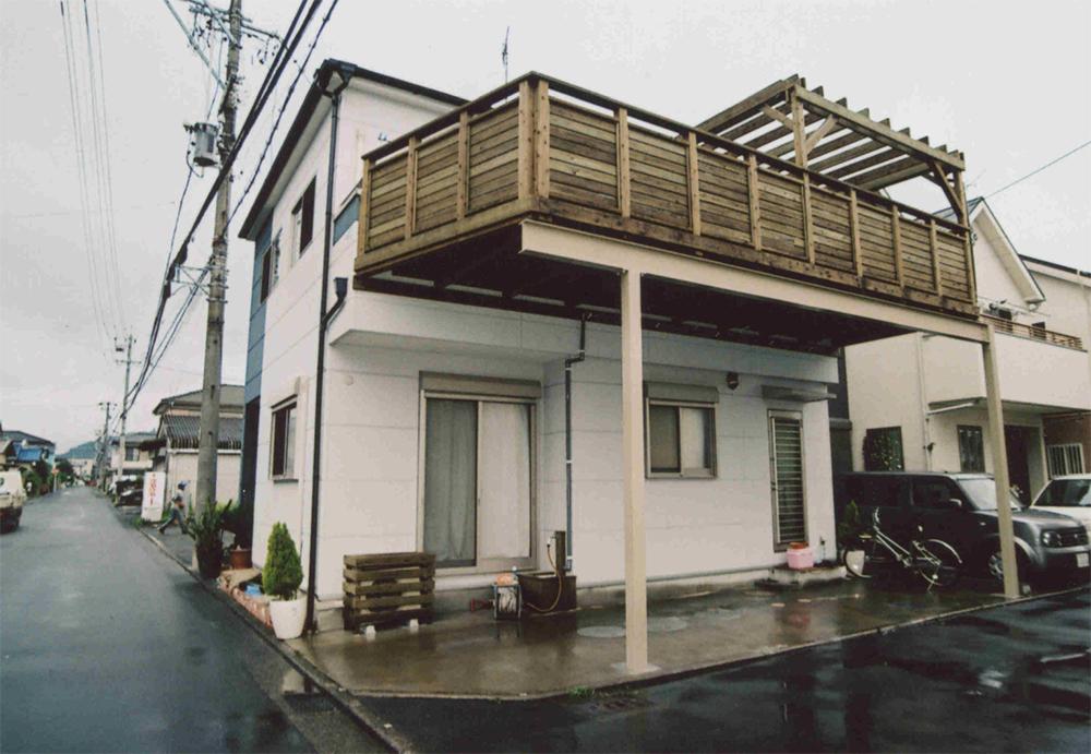 静岡県静岡市清水区 景色も楽しめる Sea side deck 鉄骨の柱の工夫で使い勝手抜群!
