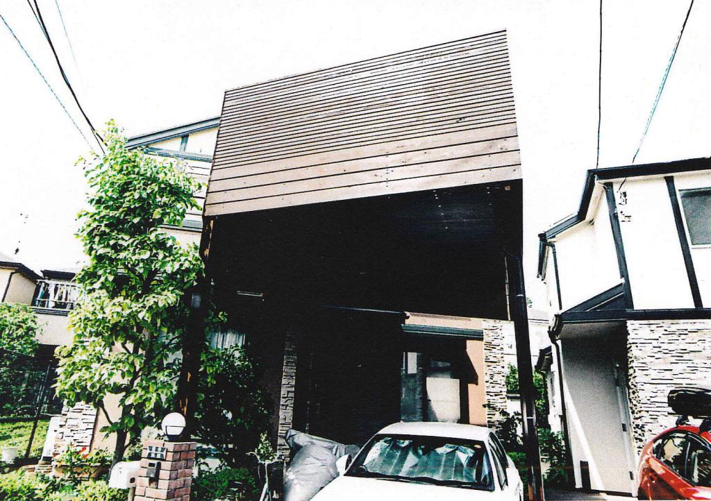 東京都練馬区H様邸 変型の敷地をカバーする車庫上デッキ[カーポート]