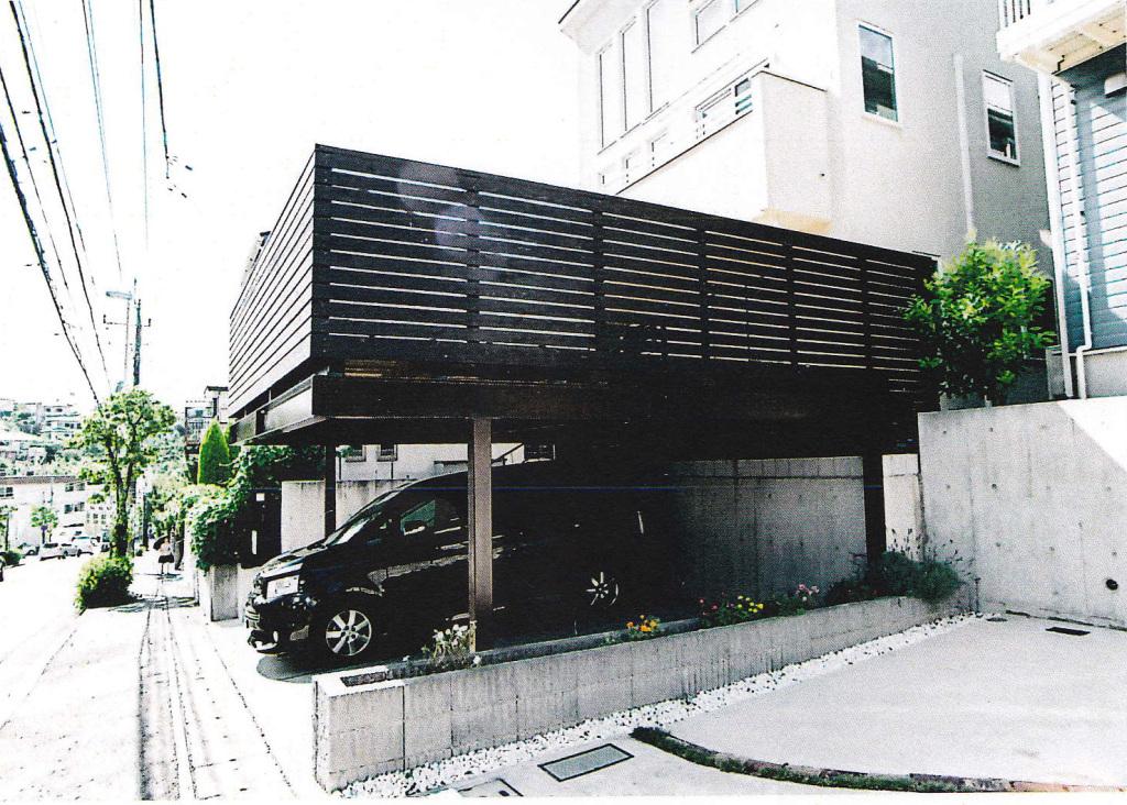 神奈川県川崎市Y様邸 車2台分の広々車庫上デッキ