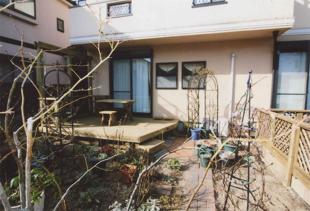 神奈川県鎌倉市S様邸 ウッドデッキ作り替え ラチスを再利用して新しいフェンスにリニューアル